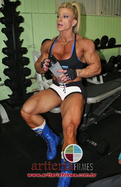 Anne Freitas female bodybuilder