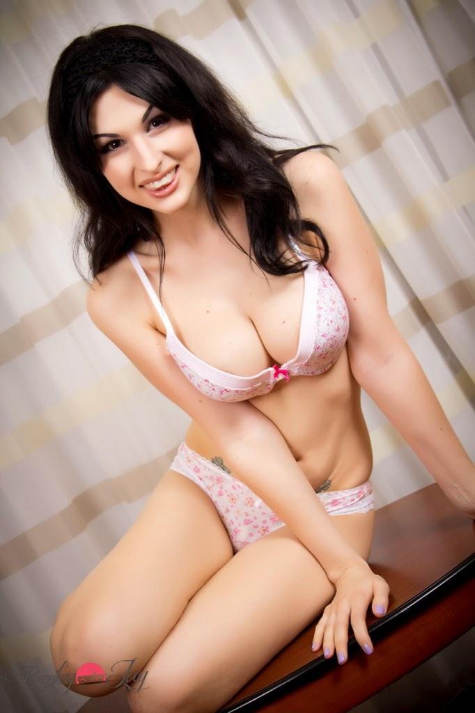 http://www.shemale-porn-galls.com/galls/baileyjay/coffee_table_of_sex_pic/?nats=MTM3NS40LjQ1LjQ1LjAuMC4wLjAuMA