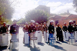 Police guard US Embassy in Honduras