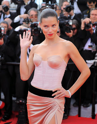 Adriana Lima hot and sexy leggy in strapless dress at The Homesman Premiere