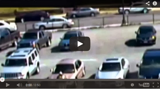 Lihatlah!.. Rakaman Video Bayangan Hantu Pecahkan Cermin Kereta