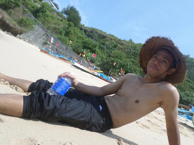 10 Pantai Di Indonesia Yang Cocok Untuk Liburan