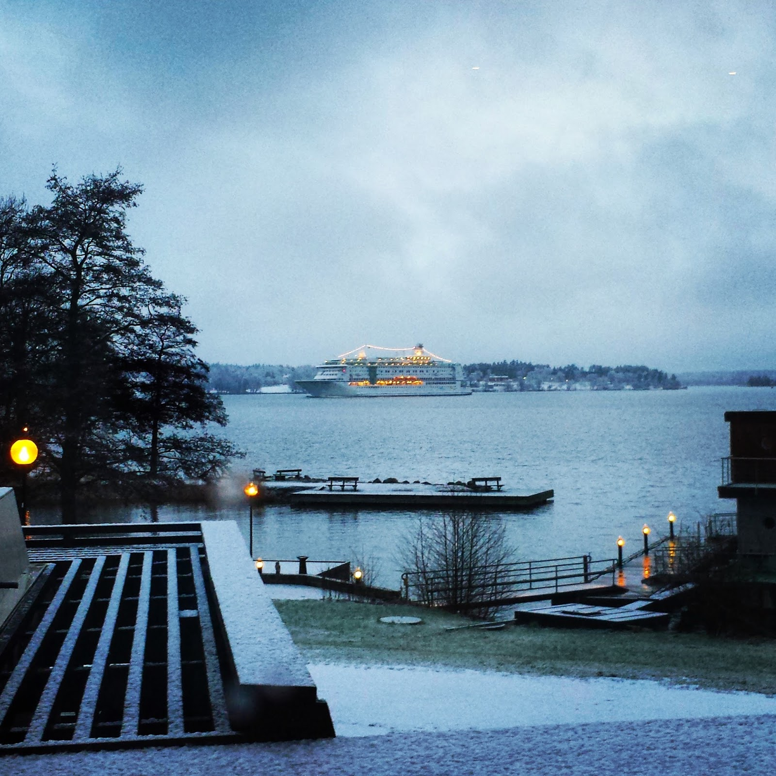 Skepparholmen Spa Hotel outdoor heated pool view in Nacka, Stockholm + Swedish sauna customs  |  Swedish sauna rituals and snow flurries by the sea on afeathery*nest  |  http://afeatherynest.com