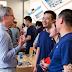 Tim Cook diz a empregados na China que Apple Watch estará disponível nas lojas em junho