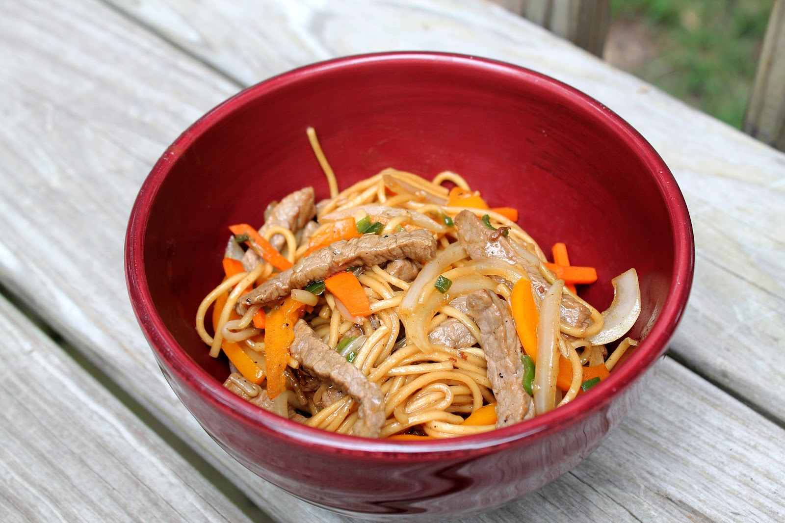 the dinner club beef chow mein