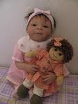Muriel con Mariella, la sua bambolina