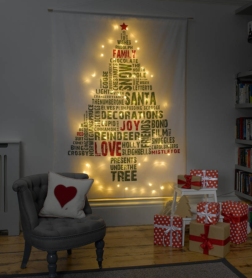How to Recycle: Recycled Wall Christmas Trees