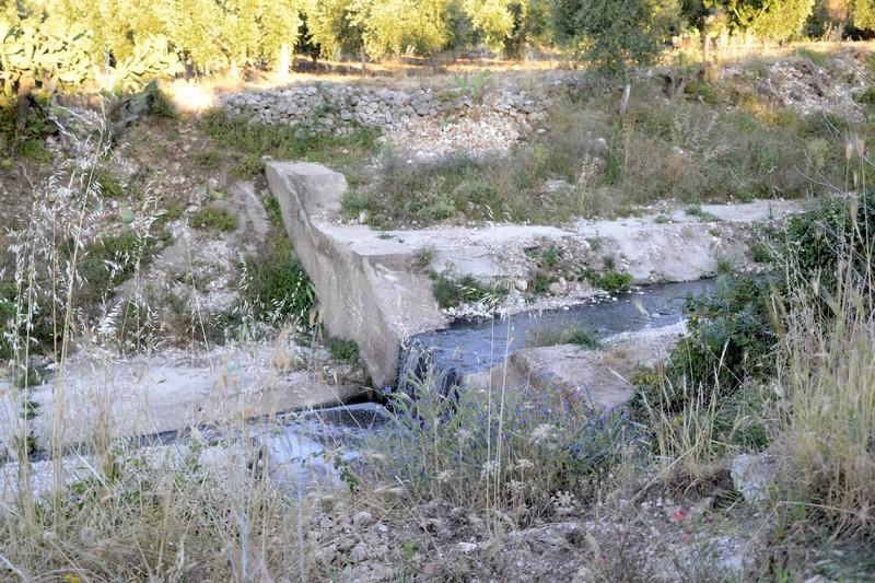 Acque nere nel Lago di Varano dal depuratore di Cagnano