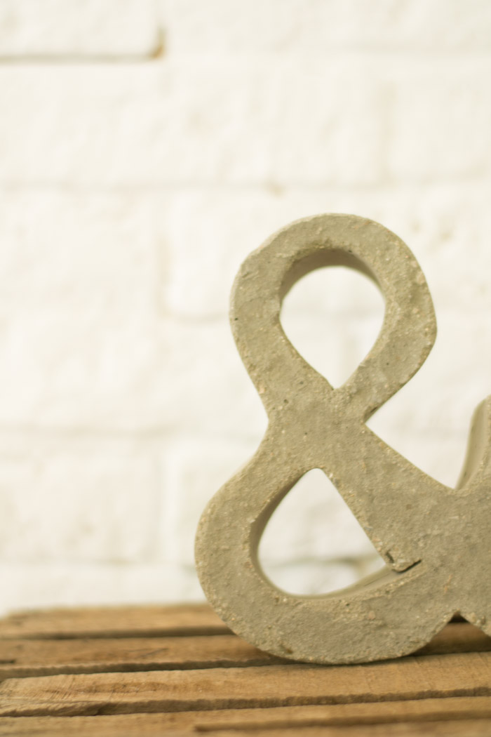 Ampersand de cemento diy