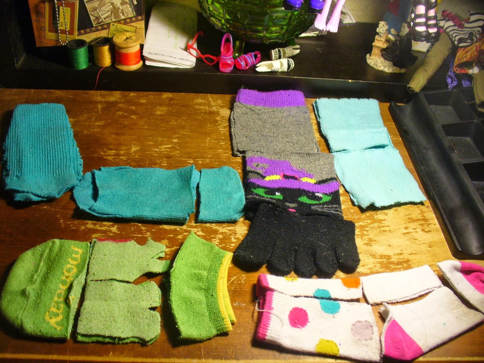 Сшить свитер из носков