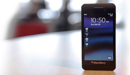 BlackBerry View Content Individual Messages Just Outside Lockscreen