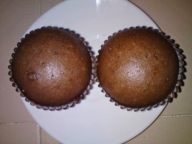 steamer to steam these cakes turn off the heat and remove cakes to ...