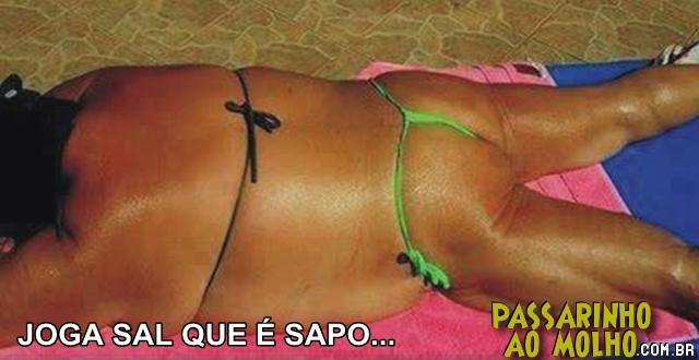 gorda de fio dental na praia