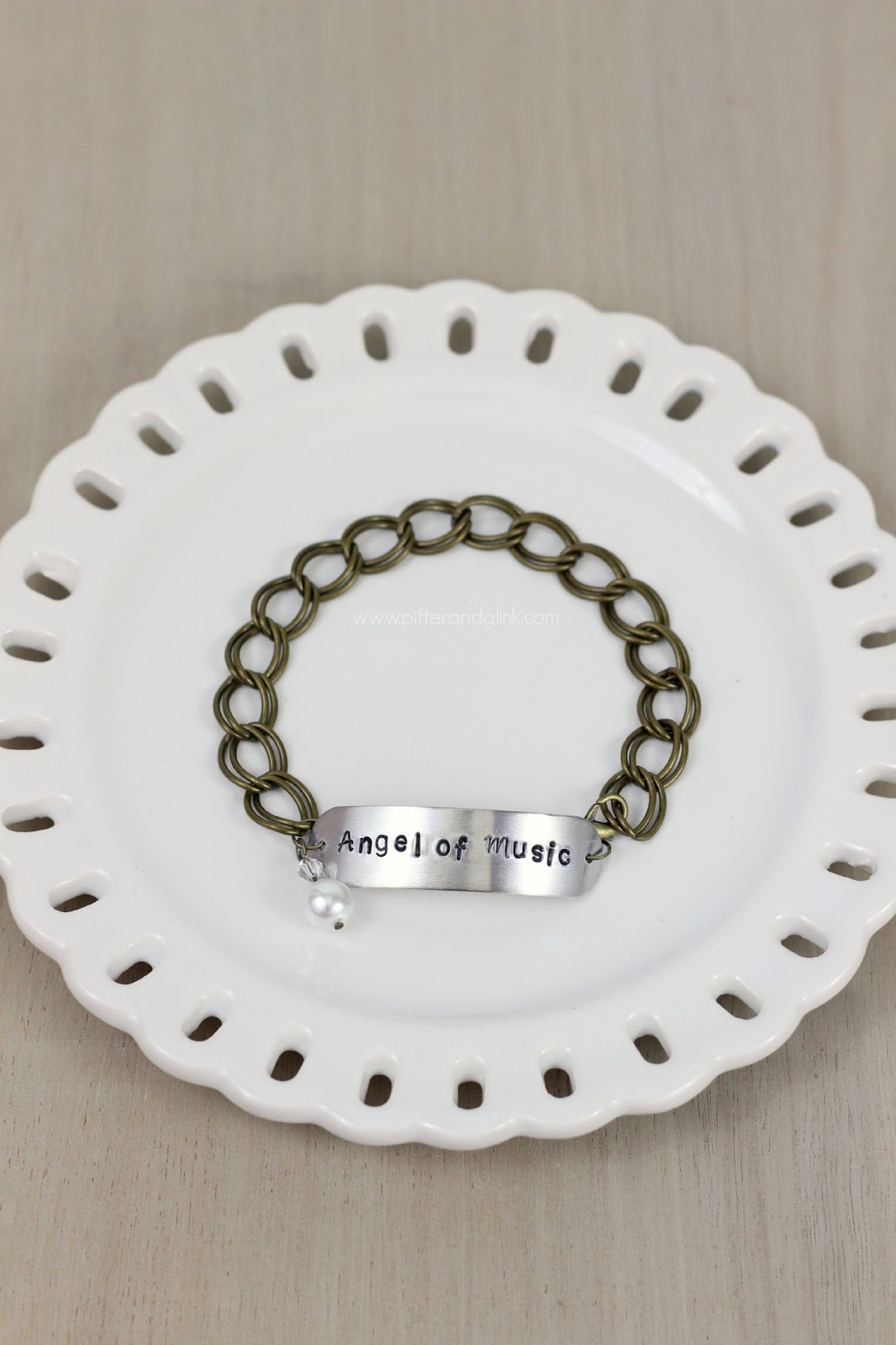 DIY Stamped Metal Bracelet--An easy, inexpensive gift idea!  via pitterandglink.com