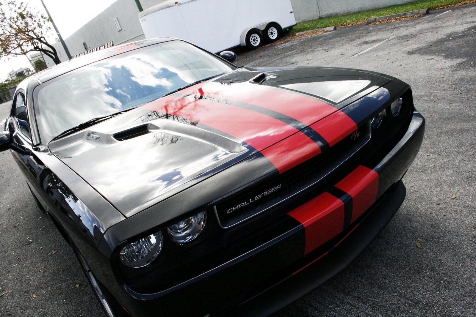 Car+racing+stripes