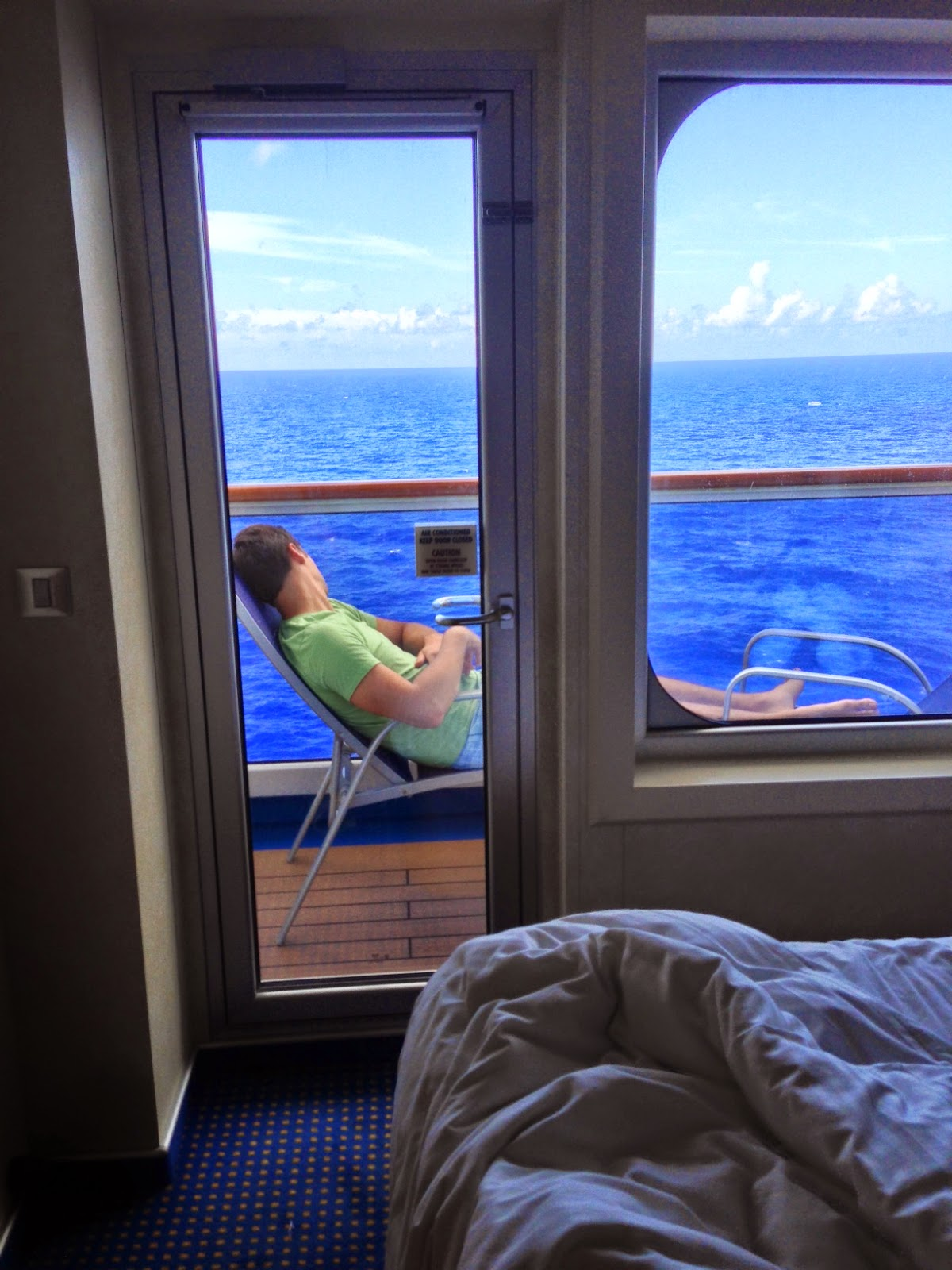 Life in the Barbie Dream House: Carnival Breeze Vacation Review!