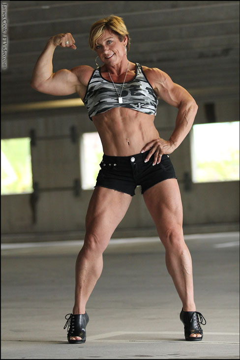 Wendy Watson Female Muscle Bodybuilding Blog Fitness FTVideo