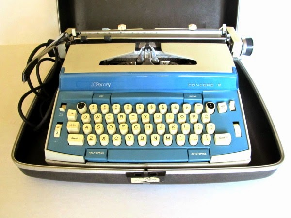 https://www.etsy.com/listing/219094834/vintage-jc-penny-concord-typewriter?ref=shop_home_active_1
