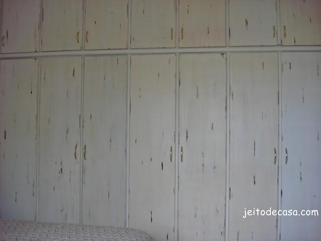 como fazer patina no guarda roupa