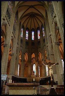 Interior de la Catedral de Burgos. Catedral de Burgos. Iglesias del mundo.