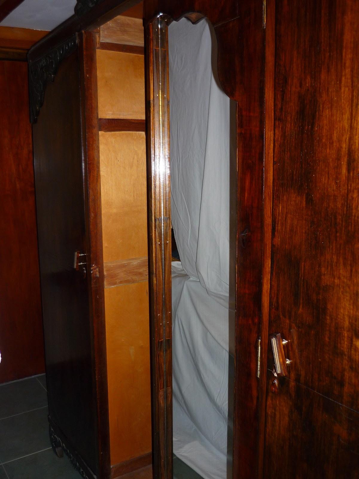 Perfume de madera ropero antiguo - Ropero antiguo ...