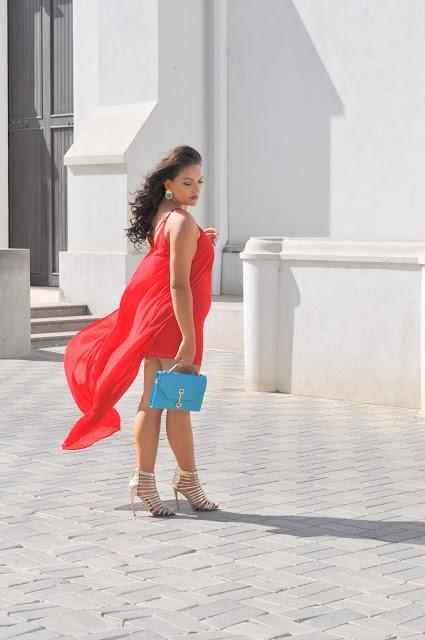 Vestido rojo asimetrico