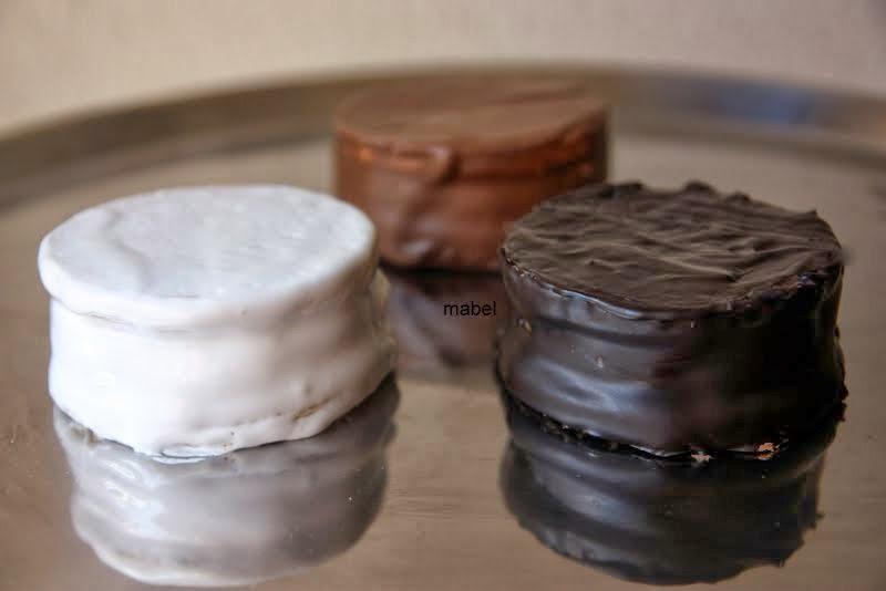 Baño Chocolate Blanco Para Tortas:Alfajores blancos de dulce de leche ~ Pasteles de colores