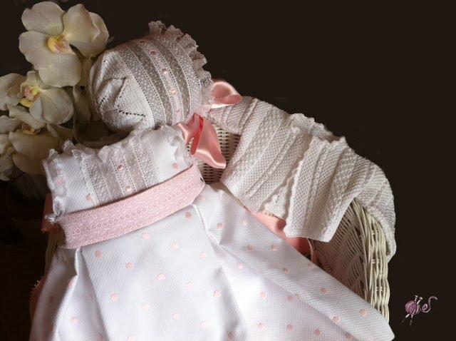 Canastilla artesanal el fald n ana tiene chaqueta - Canastilla artesanal bebe ...