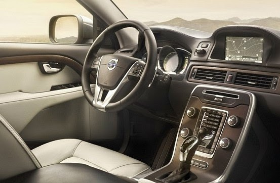 2016 Volvo V60 Cross Country Interior