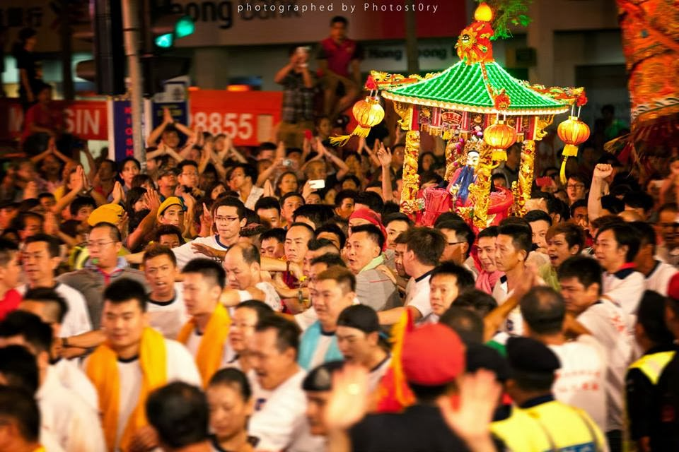 Johor bahru chingay 2014 johor kaki tribute to the for Chinese furniture johor bahru