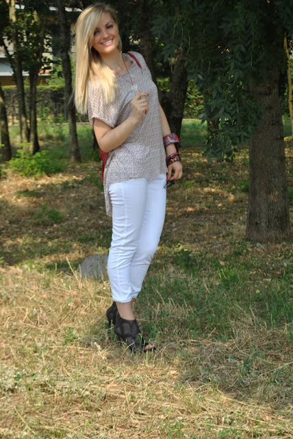 outfit jeans bianchi come abbinare i jeans bianchi abbinamenti jeans bianchi mariafelicia magno fashion blogger colorblock by felym outfit luglio 2015 outfit 15 luglio 2015 outfit estivi outfit estate 2015 come abbinare i pantaloni bianchi abbinamenti pantaloni bianchi how to wear white jeans how to wear white skinny jeans summer outfits july outfits  italian girls fashion bloggers italy outfit jeans skinny