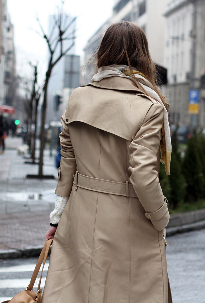 Fashion and style trench coat and sneakers Fashion and style by vanja m facebook