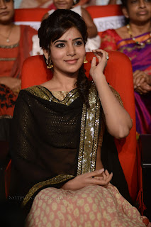samantha  at attarintiki daredi 004.jpg