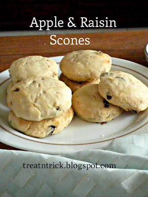 Scones recipe  @treatntrick.blogspot.com