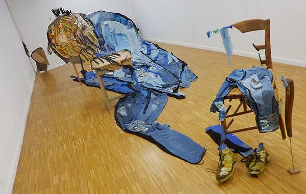 05-Bernard-Pras-Art-in-Sculpture-Point-of-View-www-designstack-co