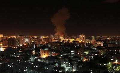 la proxima guerra ataque israel contra gaza de noche misiles cohetes hamas
