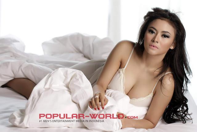 Model Majalah Dewasa Vitalia Shesya, Istri Muda Charly Setia Band