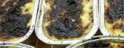 http://resepkue2014.blogspot.com/2015/06/resep-puding-roti-kukus-coklat-keju.html