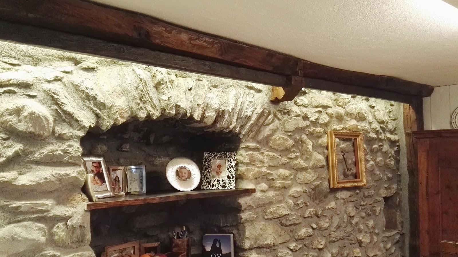 Lampadari per travi in legno. good travatura soffitto with lampadari