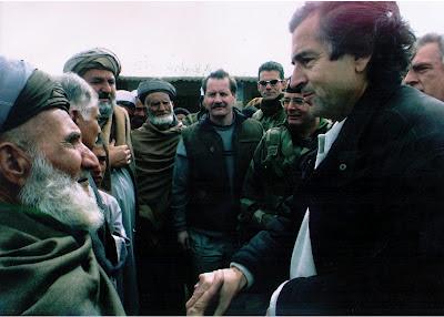 مقال وتحليل وخطير لورانسات العرب proche-kaboul-fevrier-2002.jpg