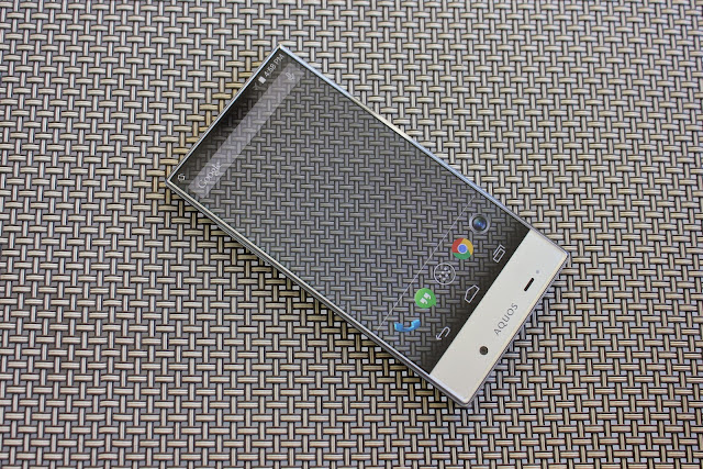 Sharp AQUOS Crystal pattern