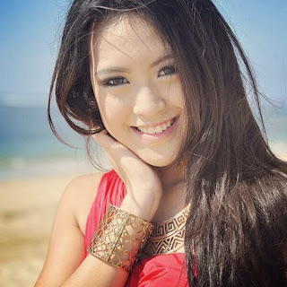 vania larissa4 Koleksi Foto Vania LARISSA Biodata 7 Besar Miss World 2013