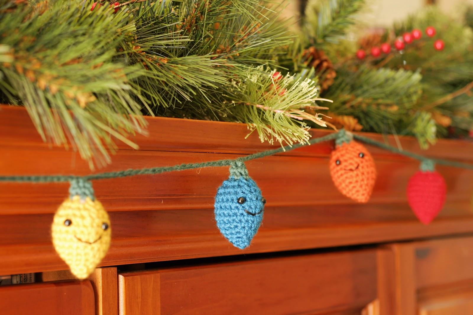 The Dapper Toad: Free Crochet Pattern: Amigurumi Holiday ...