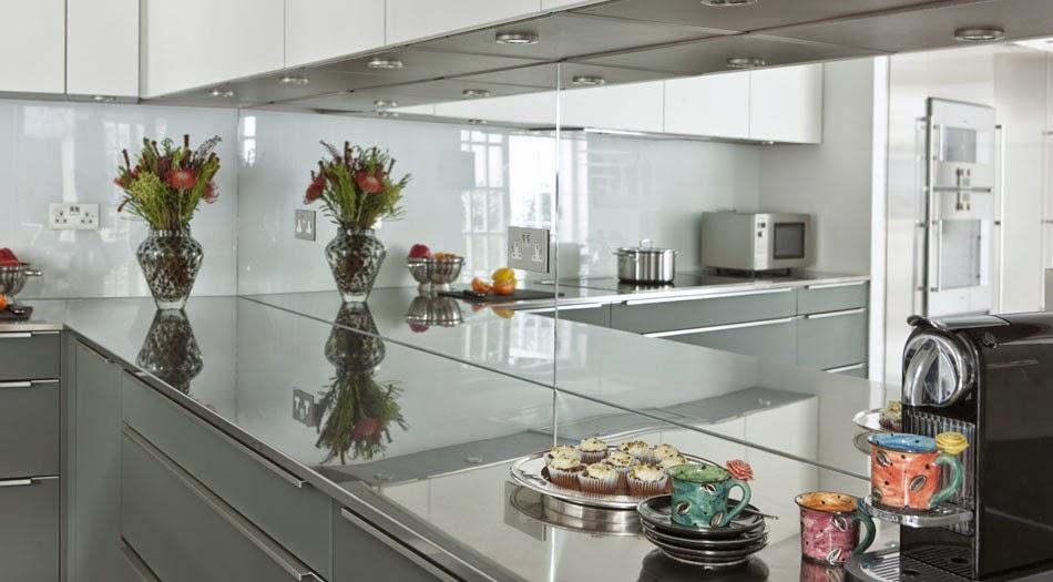 Soluciones de vidrio para la pared frontal de la cocina - Cristal para cocina ...