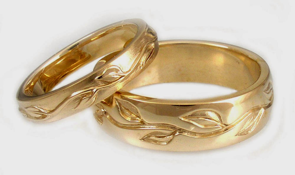 Lesbian Yellow Gold Wedding Ring Sets/Commitment Bands Elegant pictures hd