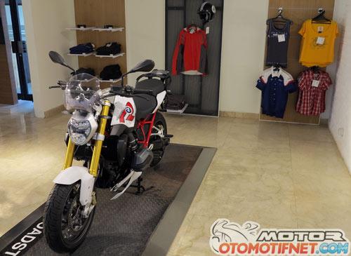 Daftar Harga Motor BMW Motorrad Oktober 2015