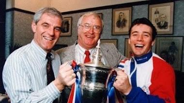 Smith, Wallace y McCoist