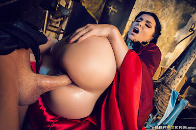 Romi Rain – Queen Of Thrones: Part 2 (A XXX Parody) – Brazzers
