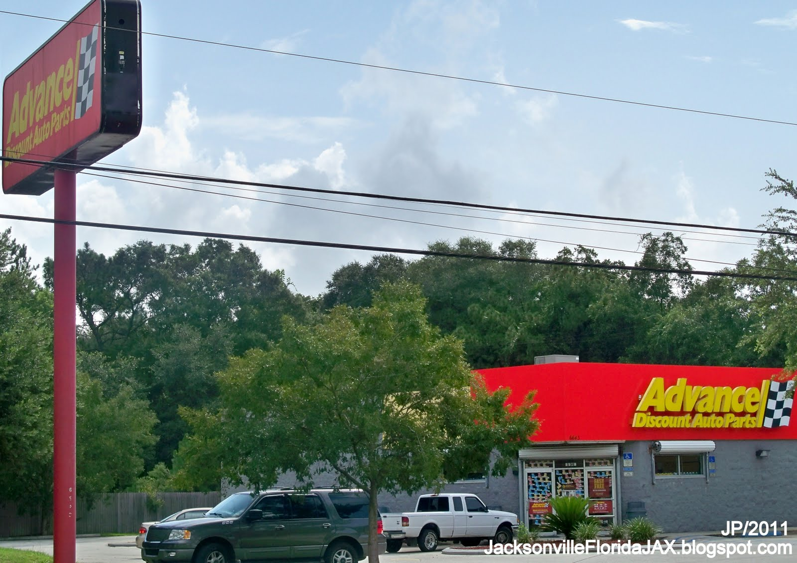 Tiresoles  Many Locations in FL  Tires Wheels amp Auto
