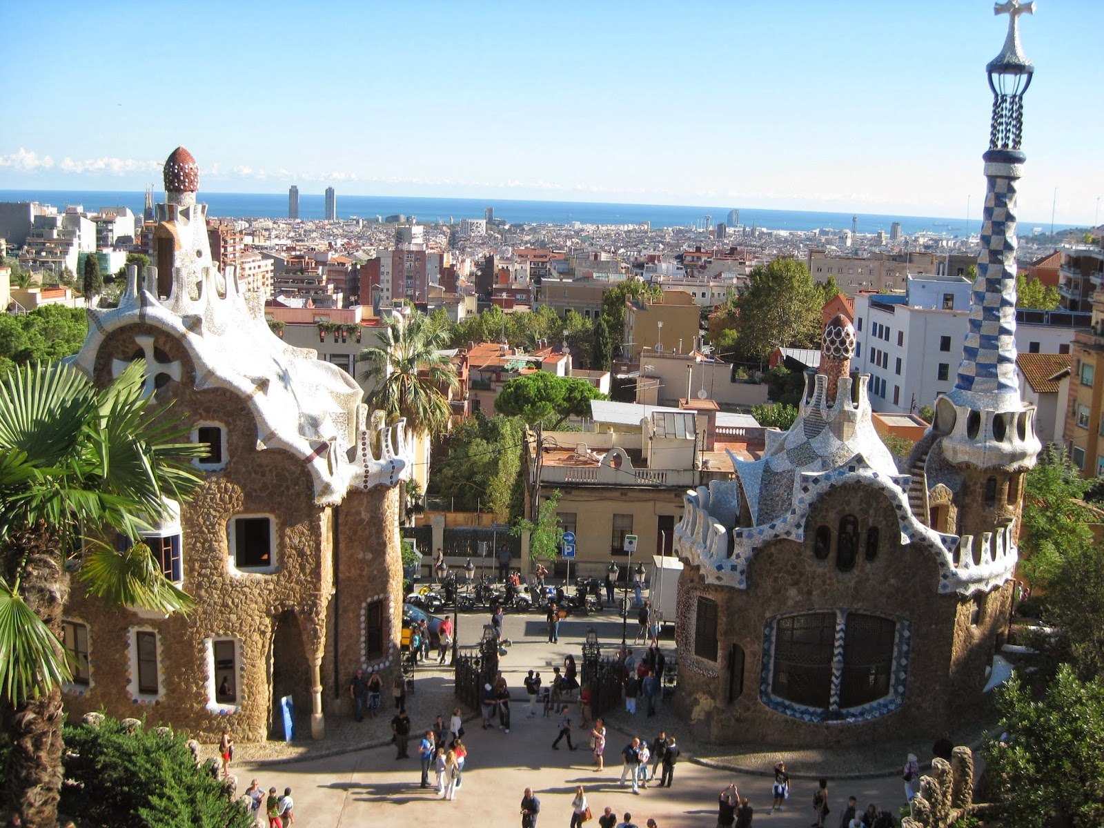 Barcelona - the only 2 houses Gaudi finished in Park Guell